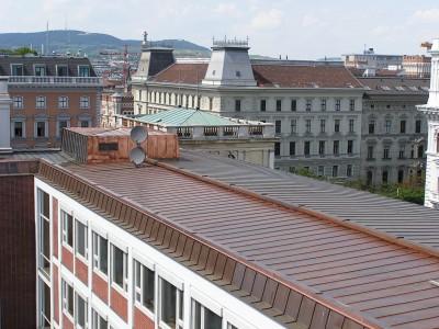 Kupfer Blechdach (Börse Wien 2004)