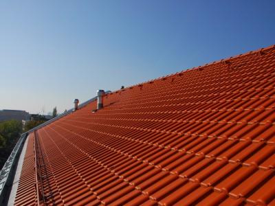 Neuherstellung Dacheindeckung mit TONDACH-Ziegel (Wien 2014)