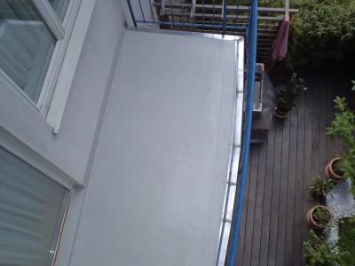 Balkonsanierung mit Triflex Abdichtungssystem inkl. Traufenverblechung (Wien 2015)